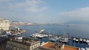 חלון מנאפולי לים התיכון