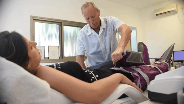 סדריק קרטר ומטופלת תצלום ayanet
